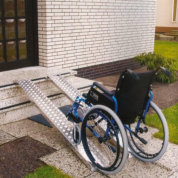 Auffahrrampen für Rollstühle aus Aluminium