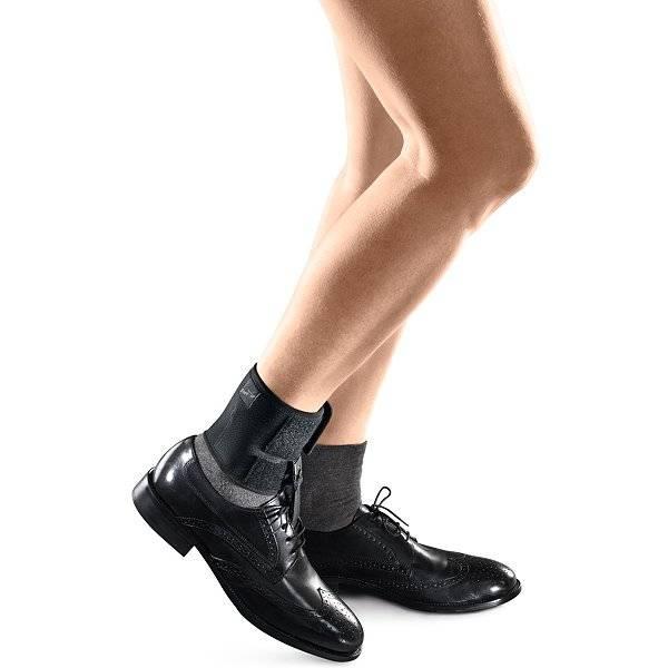 Unterstützung nach Schlaganfall mit der textilen Fußheberorthese FOOT-UP