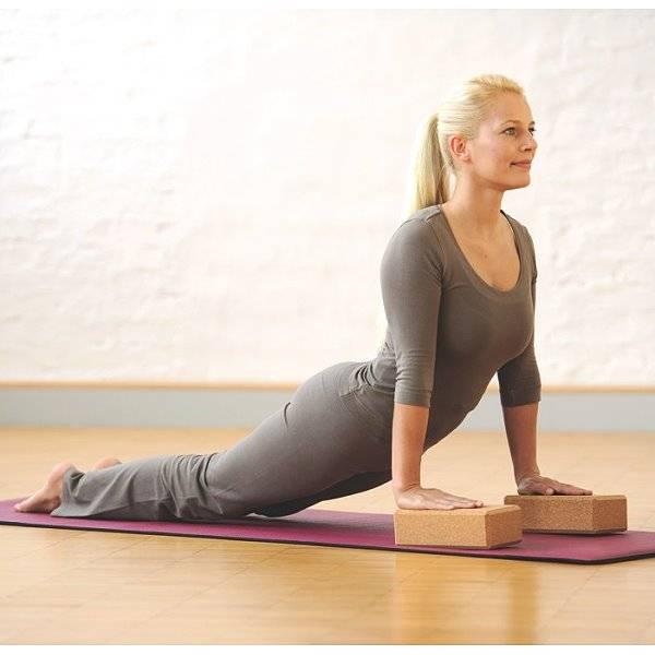 Yoga-Block für die Bodenübungen
