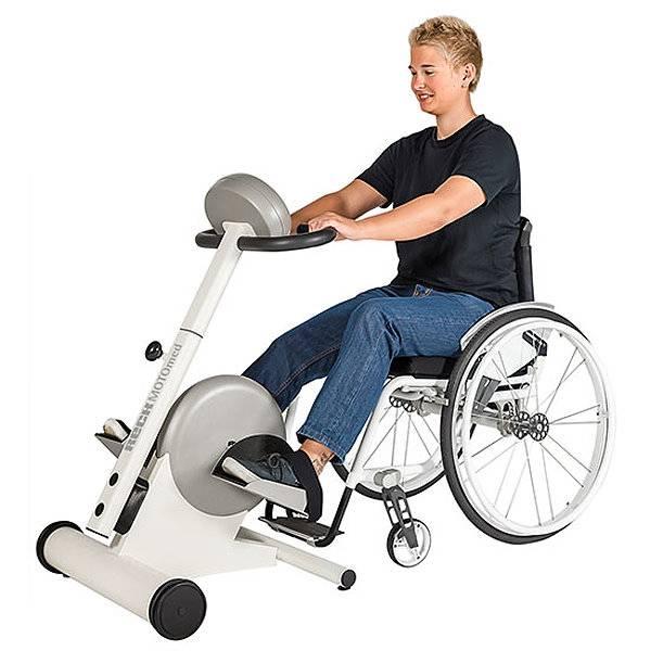 Bewegungstrainer MotoMed für Arme und Beine gleichzeitig