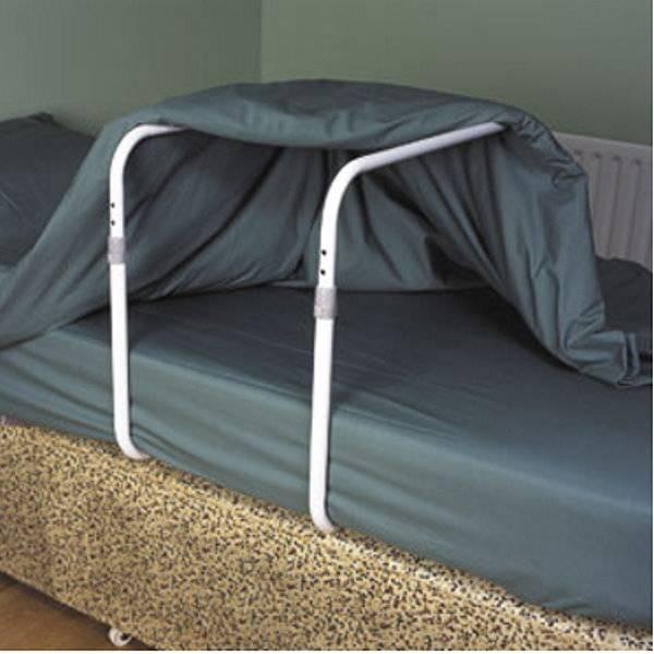 Bettdecken-Schwebegerüst - zur sicheren Lagerung des verletzten Beines